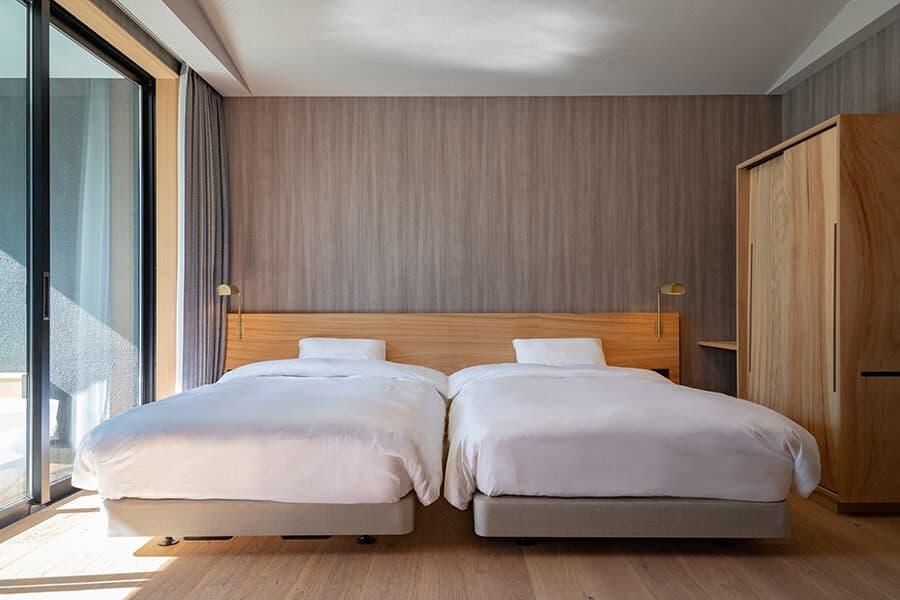 三輪 湯河原 山水のツイン ベッド